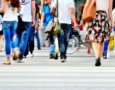 Das richtige Fußgängerverhalten nach § 25 der StVO